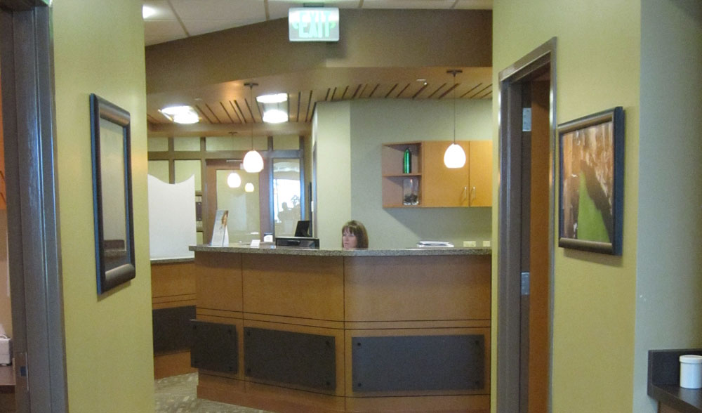 McCracken Eye and Face Institute Front Desk image